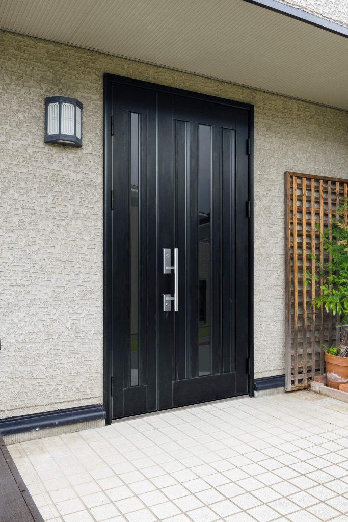 玄関ドアのリフォーム ドアリモ 施工前