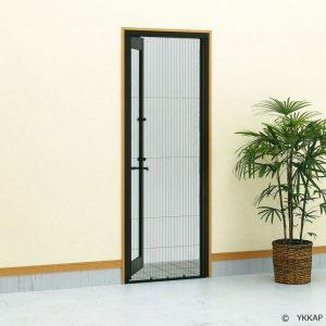 玄関ドア用収納網戸